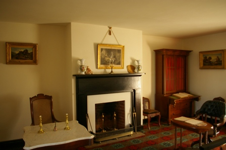 Room in the McLean House where Grant and Lee met to negotiate the surrender of the Confederate Soldiers