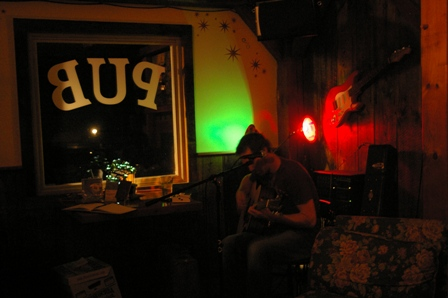 Playing the Purple Moon Pub ~ Waitsfield, Vermont