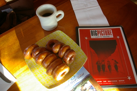 <b>Real maple donuts at the Big Picture Cafe ~ Waitsfield, Vermont</b>